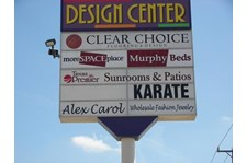 IPS001 - Custom Illuminated Pylon Sign for Retail